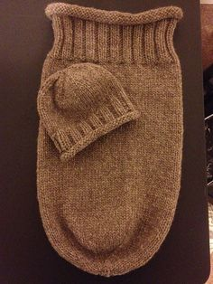 Ravelry: knittertracy's 2x2 Ribbed Snuggle Sac