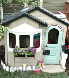 freckles chick: Playful little playhouse makeover...