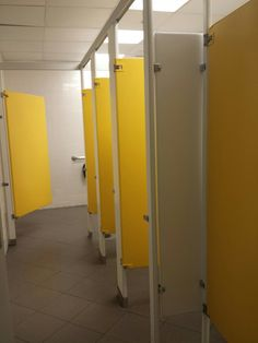 "faerlylocal: ""the yellow aesthetic was strong in this bathroom """