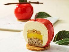 まるごとリンゴの形をしたケーキ、ニューヨーク「Big Apple」テーマのデザートプレートが誕生。 | Gourmet Biz-グルメビズ- [グルメニュース]