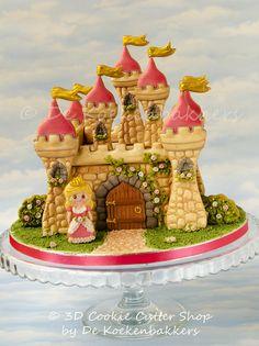 Gingerbread castle by De Kokenbakkers | Cookie Connection