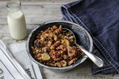The Spoon and Whisk: Quinoa Granola (sugar-free and gluten free)