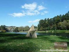 Naturaleza Sobre Ruedas: La Isla de las Esculturas de Pontevedra