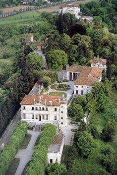 Villa La Pausa (Roquebrune - Cap Martin) - Duke of Westminster and Coco Chanel Coco Chanel, Villas, Beautiful Homes, Beautiful Places, Andrea Palladio, Italian Villa, Le Palais, Classical Architecture, Renaissance Architecture