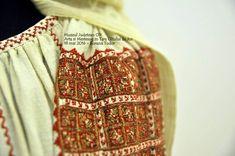 Romania, Men Sweater, Costume, Country, Blouse, Sweaters, Fashion, Embroidery, Moda