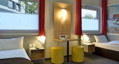 Barrierefreies Zimmer im B&B Hotel Hamburg-Harburg
