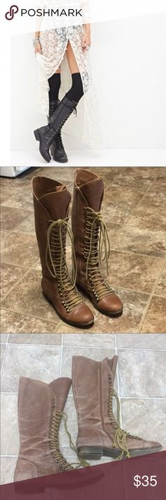 🆕 GUC Steve Madden P-Lorra Brown Leather Boots Reposh! I went boot crazy and then scored a pair of Freebirds, so now I need to downsize. Size 9. Overall distressed look. Perfect for summer festivals! I have so many items in my posh closet that would go along with these - ask and I'll style! Feel free to ask questions. Size 9, fits true to size. Steve Madden Shoes Lace Up Boots