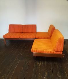 Canapé d'angle Guy Rogers Angles, Corner Sofa Set, Kingdom Of Great Britain, Layout, Sofas, Two By Two, Mid Century, Cushions, Couch