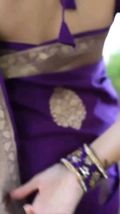 Wedding Saree Blouse Designs, Fancy Blouse Designs, Saree Wedding, Bridal Sarees, Lehenga Designs, Wedding Dresses, Saree Poses, Saree Photoshoot, Saree Trends