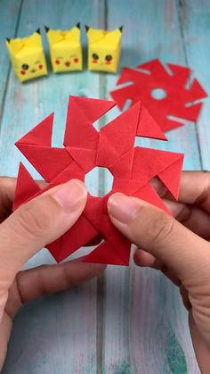 16 Simply Creative Paper Crafts For Kids - Origami Diy Crafts Hacks, Diy Crafts For Gifts, Cute Crafts, Creative Crafts, Creative Kids, Paper Crafts Origami, Paper Crafts For Kids, Paper Crafting, Instruções Origami