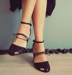 Jiji Siyah Deri Topuklu Ayakkabı