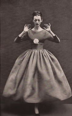 Dovima wearing Balenciaga - 1950's Harper's Bazaar  photo by Richard Avedon