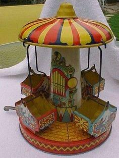 Vintage Toys Vintage Chein Aero Swing with Box. Vintage Tins, Vintage Dolls, Vintage Antiques, Retro Vintage, Metal Toys, Tin Toys, Toys In The Attic, Vintage Games, Dose