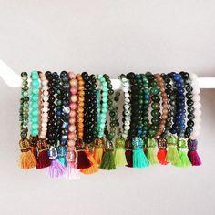 © UN JE NE SAIS QUOI www.unjenesaisquoi.ch Bohemian Style Jewelry, Bangles, Bracelets, Hippie Boho, Fashion Jewelry, Instagram Posts, Jewellery, Salads, Bijoux