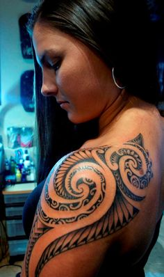 Woman Samoan Tattoo (3) - Mociarane.