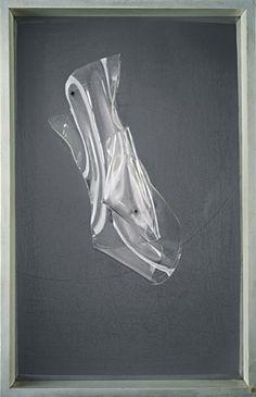László Moholy-Nagy Space modulator 1939 Object Plexiglas on steel in wooden frame 78,4 × 50,5 × 10,7 cm