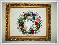 es war einmal ein alter zapfenkranz....weiß gestrichen und kugeln aufgeklebt...!! Ornament Wreath, Ornaments, Recycling, Christmas Wreaths, Alter, Holiday Decor, Design, Jewelry, Home Decor