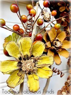 Todays Fabulous Finds: Fall Pine Cone Flower Wreath Tutorial… Todays Fabulous Finds: Fall P Pine Cone Art, Pine Cone Crafts, Pine Cones, Fall Flowers, Diy Flowers, Paper Flowers, Painted Flowers, Nature Crafts, Fall Crafts