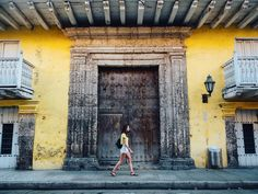 Cyrielle striding by and walking past the beautiful and colourful doors of Cartagena during our Pride of Panama tour with @ThomsonCruises. Such a unique experience to visit all these amazing places makes it even better when you get to share them with one of your best friend! I'll never say anything is #NotForMe anymore I'm won over by kim.ou