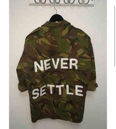 Army inspirerad jacka