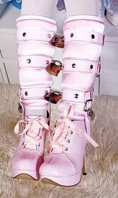 Sissy Trainer Shoe Locks [bon177] - $118.84 : BirchPlace Fashion and Fantasy, fashion lingerie maids uniforms thighboots sissywear abdl
