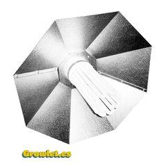 """Reflector Parabólico de 60 cm.   El reflector parabólico de 60 cm. es el reflector ideal para las bombillas CFL de bajo consumo.    La disposición de la bombilla de manera vertical hace que ninguno de sus brazos moleste y todos """"escupan"""" la luz hacía las plantas.  Esto mismo es válido para las bombillas HPS (Alta presión de sodio) y HM (Halogenuros metálicos).    Su chapa es estucada,rígida y resistente.    Dimensiones: 60 X 60 X 25 cm.  $59 Euros"""