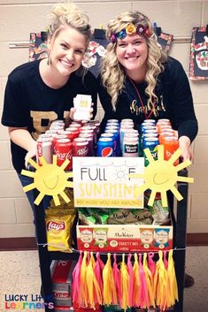 Ways to Boost Morale in your School Those darn teacher blues.you know what I'm talking about! There are just certain times of the year where the morale in your school seems low and everyone needs a little boost. How about a teacher treat cart? Teacher Morale, Staff Morale, Team Morale, Employee Appreciation Gifts, Teacher Appreciation Week, Volunteer Appreciation, Employee Gifts, School Staff, School Teacher