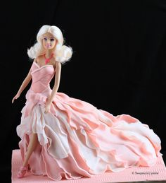 The Fashionista Doll Cake