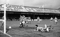 Peter Houghton heads towards goal at Bloomfield Road. Wigan Athletic, Goal, Dolores Park, Wrestling, Football, Club, Retro, Sports, Lucha Libre