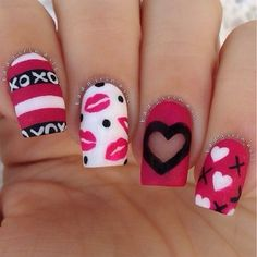 Extend style to your nails with the help of nail art designs. Donned by fashion-forward celebrities, these nail designs will add immediate elegance to your wardrobe. Heart Nail Designs, Valentine's Day Nail Designs, Cute Nail Art Designs, Valentine Nail Art, Holiday Nail Art, Bad Valentines, Toe Nails, Pink Nails, Red Nail