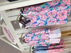 I really want that dressssss!