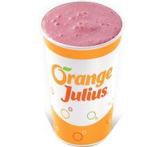 Orange Julius - copycat recipe of the classic OJ: Blend 1 cups orange juice, 1 cup water, 1 teaspoon vanilla extract, cup sugar, 1 cups ice Banana Drinks, Smoothie Drinks, Smoothie Recipes, Drink Recipes, Orange Smoothie, Smoothie Prep, Juice Recipes, Brunch Recipes, Orange Julius Recipe Original