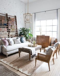Trendy living room table behind couch rugs Ideas Small Living Rooms, New Living Room, Living Room Modern, Living Room Furniture, Living Room Decor, Living Spaces, Table Behind Couch, Modern Tiny House, Farmhouse Furniture