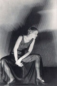 Portrait of Lee Miller, 1929 by Man Ray Lee Miller, Takashi Murakami, Black White Photos, Black And White Photography, Vintage Photography, Fashion Photography, Photography Tips, Street Photography, Landscape Photography