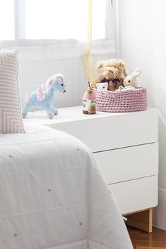 babies-decoracao-candy-colors-quarto-de-bebe-karen-piscane16