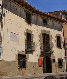 Casa-Museo Prat de la Riba es un museo de la villa de Castellterçol , en la comarca del Vallés Oriental .Se trata de la casa donde nació y murió el político catalán Enric Prat de la Riba , uno de los principales teóricos del nacionalismo catalán , fundador de la Liga Regionalista y primer presidente de la Mancomunidad de Cataluña .