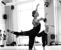 Elena Lobsanova and Artists of the Ballet in company class. Photo by Daniel Neuhaus.