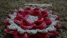 Flor de Camadas em Crochê