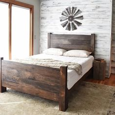 Are you looking for a new bed frame? Are you confused and do not know which bed frame is good for yo Shiplap Headboard, King Headboard, Farm House Headboard, Bed Headboard Design, Headboard Ideas, Headboard And Footboard, Farmhouse Bedroom Furniture, Modern Farmhouse Bedroom, Bedroom Decor