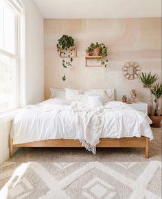 Room Ideas Bedroom, Small Room Bedroom, Home Decor Bedroom, Cozy Small Bedrooms, Wood Room Ideas, Cozy White Bedroom, Light Bedroom, Teen Room Decor, Decorating Walls In Bedroom
