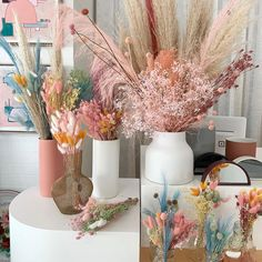 Dried Flower Bouquet, Dried Flowers, Bouquet Champetre, Sustainable Wedding, Dried Flower Arrangements, Card Box Wedding, Flower Aesthetic, Dream Decor, Diy Room Decor