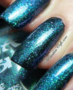 Ninja Polish Alexandrite over black Ninja Nail Polish Lacquer Floam Holographic metallic effect nail polish @opulentnails #ninjanails #floam