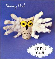 Snowy Owl Paper Roll Craft (from Handprint & Footprint Art via Gummy Lump) Owl Crafts, Baby Crafts, Preschool Crafts, Kids Crafts, Animal Crafts For Kids, Winter Crafts For Kids, Popular Kids Books, Fingerprint Crafts, Baby Owls
