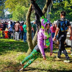 Some people came to the 420 festival in Golden Gate Park, just to hang out. #420 #420sf #420festival2017 #420hippiehill2017 #420🔥 #marianhill #cannabis #pot #weedporn #sweetberrywine #munchies #dispensary #hippiehill    #Regram via @weissfotoinsta)