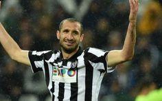 Chillini tiene in ansia la Juventus Giorgio Chiellini tiene in ansia la Juventus. Il giocatore era uscito anzi tempo dalla sfida contro il Frosinone. Gli esami a cui si è sottoposto non sono stati dei migliori e infatti sarà cost #chiellini #juventus #infortunio