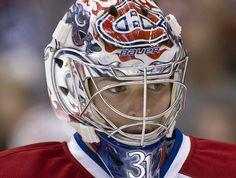 Carey Price is awesome! Hockey Helmet, Hockey Goalie, Field Hockey, Ice Hockey, Montreal Canadiens, Nhl, Patrick Roy, Hot Hockey Players, Hockey Pictures