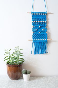Macramé // MiniEco: A Craft Book