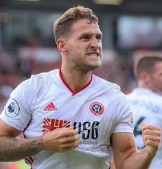New league, same Billy Sharp 🔥 Sheffield United Fc, Best Football Team, Yorkshire, Red And White, Passion, Baseball Cards, Sports, Hs Sports, Excercise