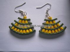 Handmade Jewelry - Paper Quilling Egyptian Earrings (1)