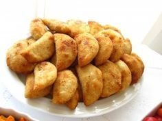 Rissois are a very traditional Portuguese deep fried dish like a croquette which are made with various types of filling typically with some sort of meat.